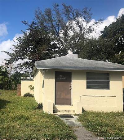 South Miami Single Family Home For Sale: 6165 SW 62nd Ter