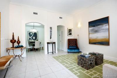 Coral Gables Condo/Townhouse For Sale: 467 Coral Way #A-4
