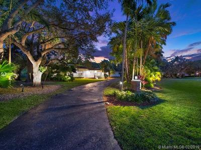 Coral Gables Single Family Home For Sale: 5890 SW 117th St