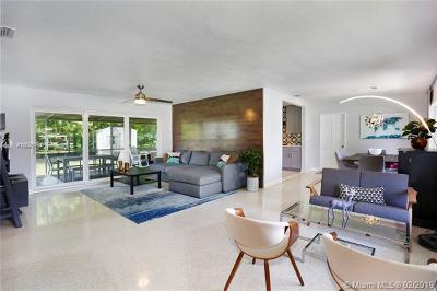 South Miami Single Family Home For Sale: 6060 SW 62nd Pl