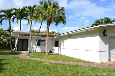 Pinecrest FL Single Family Home For Sale: $899,000