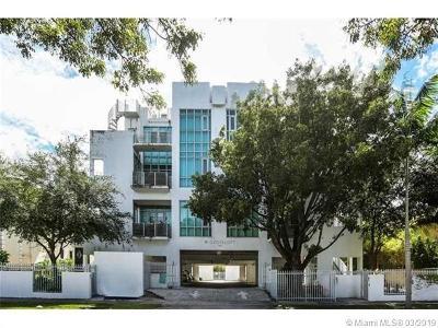Coconut Grove Condo/Townhouse For Sale: 3062 Bird Ave #D1