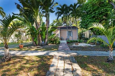 Coconut Grove Single Family Home For Sale: 2355 Overbrook St