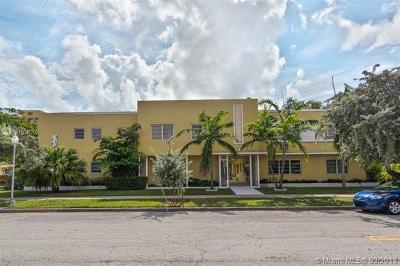 Coral Gables Condo/Townhouse For Sale: 40 Salamanca Ave. #4