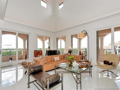Coral Gables Condo/Townhouse For Sale: 13643 Deering Bay Dr #PH-166