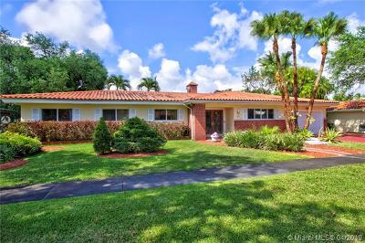 Coral Gables Single Family Home For Sale: 1421 Baracoa Ave