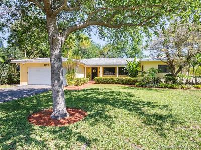 Coral Gables Single Family Home For Sale: 1105 Andora Ave