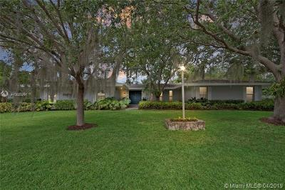 Pinecrest FL Single Family Home For Sale: $975,000