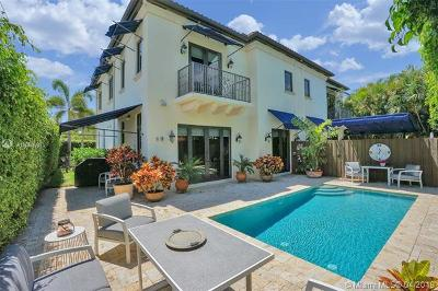 Coral Gables Condo/Townhouse For Sale: 301 Santander Ave