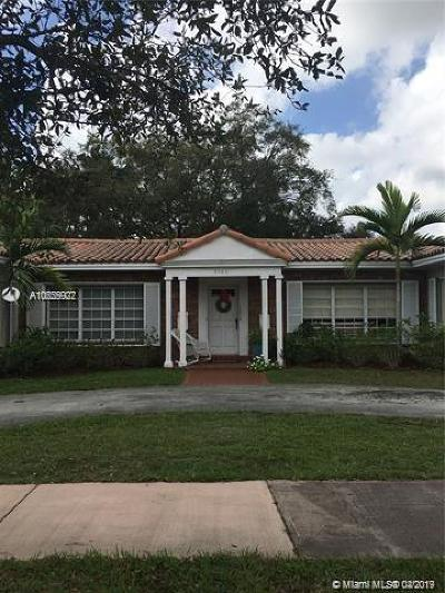 Coral Gables Multi Family Home For Sale: 3300 Segovia St