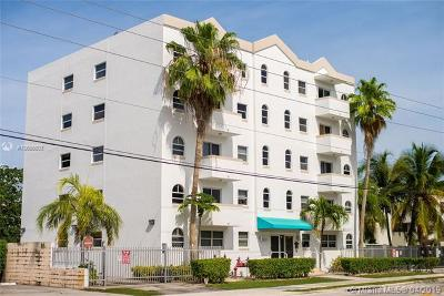 Coconut Grove Condo/Townhouse For Sale: 3052 SW 27th Ave #501