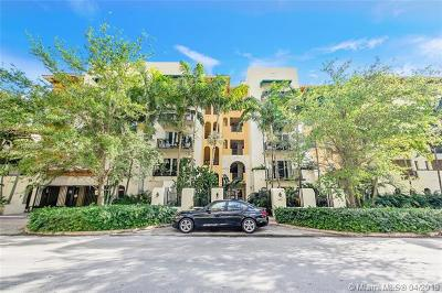 Coral Gables Condo/Townhouse For Sale: 642 Valencia Ave #307