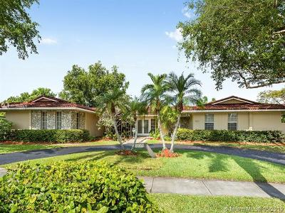 Pinecrest Single Family Home For Sale: 11420 SW 72nd Ave