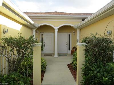 Naples Condo/Townhouse For Sale: 6222 Mandalay Cir