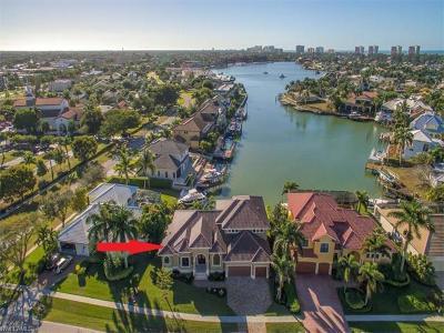 Marco Island Single Family Home For Sale: 813 Giralda Ct