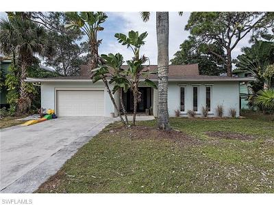 Naples Single Family Home For Sale: 85 Shores Ave