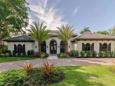 Naples Single Family Home For Sale: 740 Banyan Blvd
