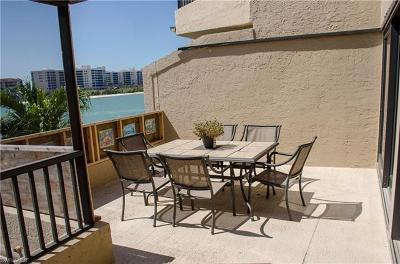 Naples Condo/Townhouse For Sale: 403 La Peninsula Blvd #403