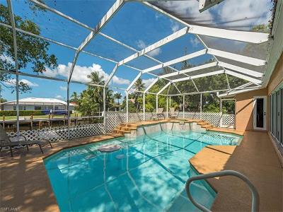Marco Island Single Family Home For Sale: 562 Goldcoast Ct