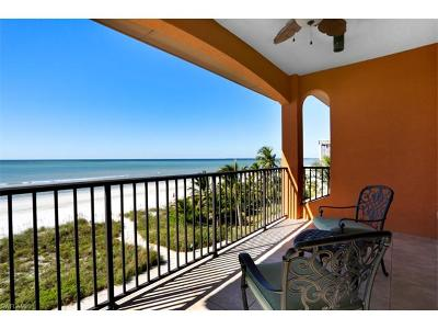 Fort Myers Beach Single Family Home For Sale: 3102/3104 Estero Blvd