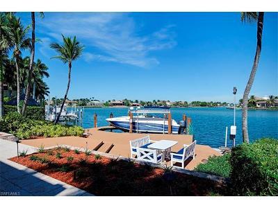 Marco Island Single Family Home For Sale: 1470 Caxambas Ct