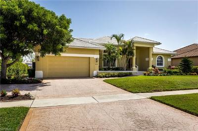 Marco Island Single Family Home For Sale: 512 Kendall Dr