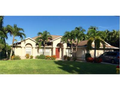 Cape Coral Single Family Home For Sale: 1056 SE 20th Pl