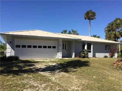 Naples Single Family Home For Sale: 2671 Benton Rd