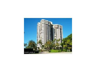 Naples Condo/Townhouse For Sale: 6001 Pelican Bay Blvd #305