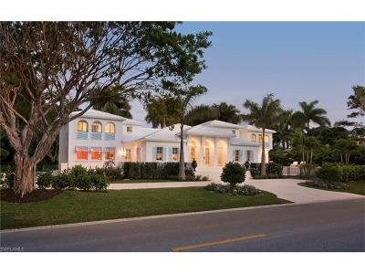 Olde Naples Single Family Home For Sale: 725 Gulf Shore Blvd S