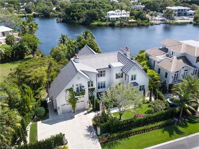 Olde Naples Single Family Home For Sale: 600 Gulf Shore Blvd N