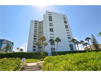 Naples Condo/Townhouse For Sale: 3951 Gulf Shore Blvd N #1005
