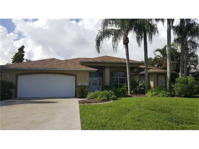 Cape Coral Single Family Home For Sale: 2614 SW 36th Ln