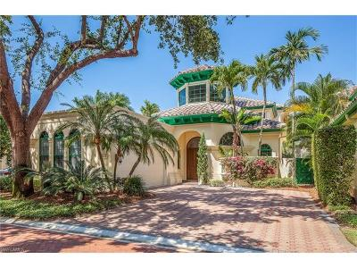 Naples, Bonita Springs Single Family Home For Sale: 7855 Vizcaya Way