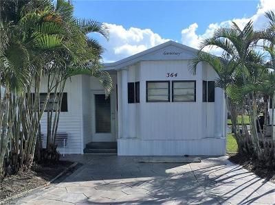 Naples Condo/Townhouse For Sale: 364 Bobcat Run #364