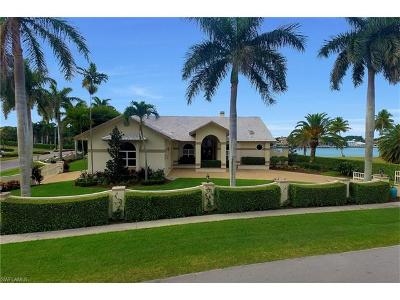 Marco Island Single Family Home Pending With Contingencies: 1791 Devon Ct