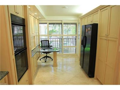 Naples FL Condo/Townhouse For Sale: $724,900