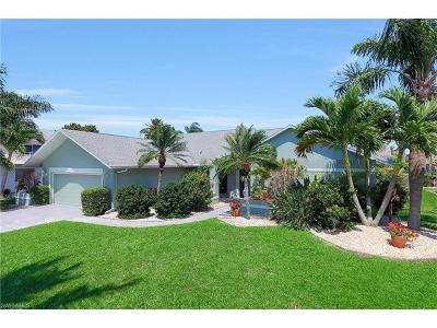 Cape Coral, Matlacha Single Family Home For Sale: 1927 SE 35th St