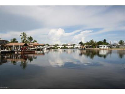 Goodland Single Family Home For Sale: 523 W Goodland Dr