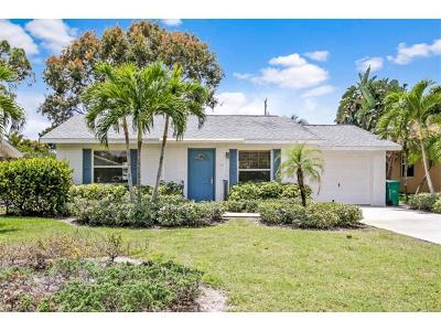 Bonita Springs Single Family Home For Sale: 150 3rd St
