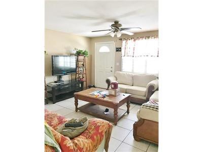 Naples Single Family Home For Sale: 4648 Alhambra Cir W
