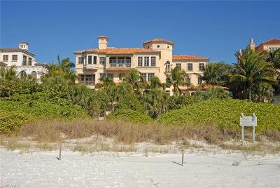 Bonita Springs, Fort Myers Beach, Naples, Sanibel, Captiva, Marco Island Single Family Home For Sale: 7621 Bay Colony Dr