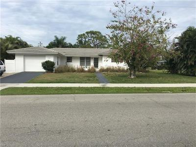 Marco Island Single Family Home For Sale: 1274 Jamaica Rd