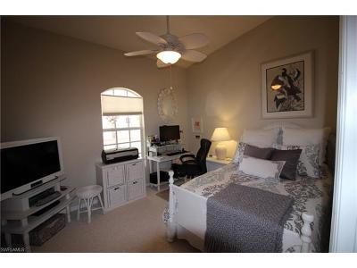 Naples Condo/Townhouse For Sale: 375 Stella Maris Dr N #2807