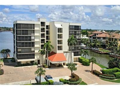 Condo/Townhouse For Sale: 10420 Gulf Shore Dr #111