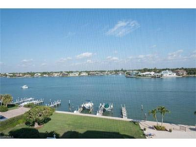 Condo/Townhouse For Sale: 3430 Gulf Shore Blvd N #5B