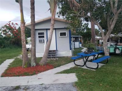 Goodland, Marco Island, Naples, Fort Myers, Lee Mobile/Manufactured For Sale: 3056 Van Buren Ave