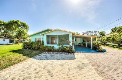 Estero, Bonita Springs Multi Family Home For Sale: 27820/822 Michigan St