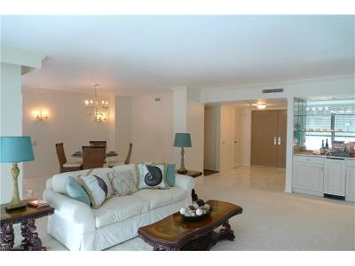 Naples Condo/Townhouse For Sale: 4401 Gulf Shore Blvd N #1606