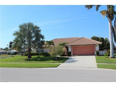 Marco Island Single Family Home For Sale: 1268 Balboa Ct